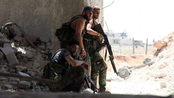A zona oeste de Alepo encontra-se nas mãos das forças governamentais. A zona leste é controlada pelos rebeldes