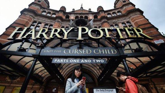 A peça está atualmente em exibição no Palace Theatre, em Londres