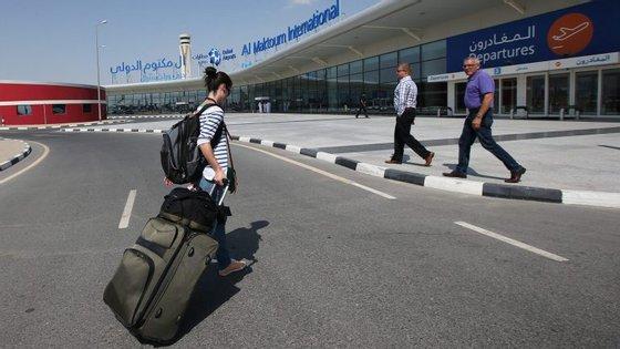 Até agora os chineses tinham que pedir no seu país um visto de entrada nos Emirados Árabes Unidos