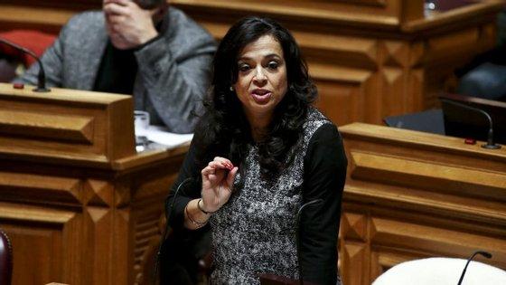 Luísa Salgueiro é deputada do PS à Assembleia da República e candidata à câmara de Matosinhos