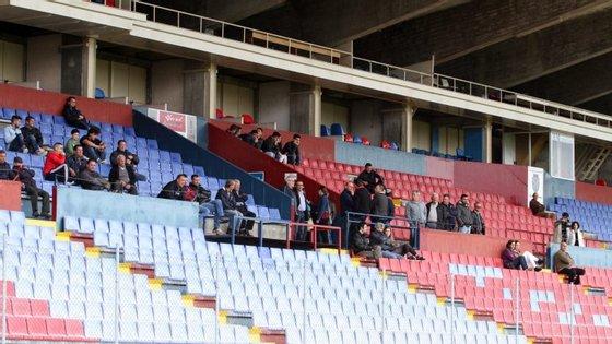 O estádio Municipal de Chaves tem lotação para 12.000 espectadores