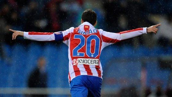 Simão: primeiro suplente de Figo no Barça, depois capitão do Atlético Madrid