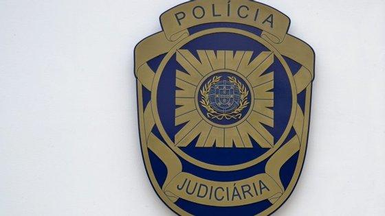A PJ afirma que as investigações prosseguem em articulação com as polícias de outros países