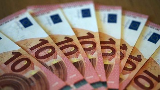 A maior parte das transações de multibanco realizadas no estrangeiro teve origem em França (16%), seguindo-se o Reino Unido (7%), Espanha (3%), Holanda e Alemanha (3%)