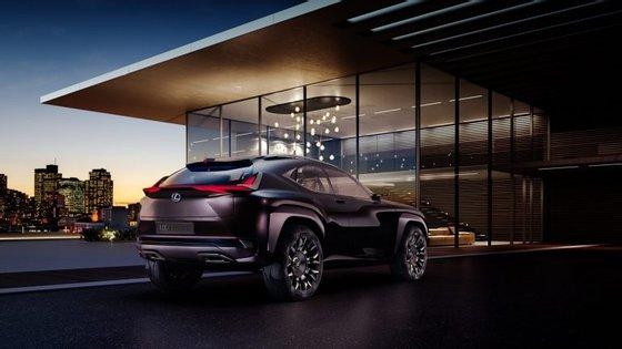 """Vai ser hoje revelado o concept que o Centro de Design Europeu da Lexus concebeu para apelar a um """"público urbano e que vive sempre ligado"""""""