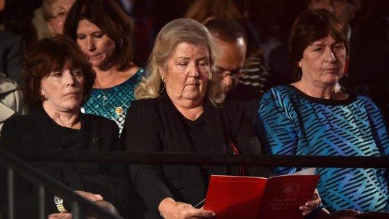Kathleen Willey (esquerda) e Juanita Broaddrick (meio) acusam Bill Clinton de violação. Kathy Shelton (direita) foi violada quando tinha 12 anos e o seu agressor foi defendido em tribunal por Hillary Clinton, então com 27 anos
