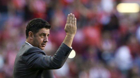 """A grandeza do Benfica """"exige que os jogadores assumam as suas responsabilidades"""""""