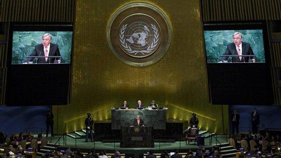 O plenário da ONU aclamou o novo secretário-geral esta quinta-feira