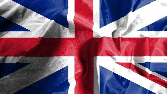 Banco central britânico antecipa subida da inflação no Reino Unido