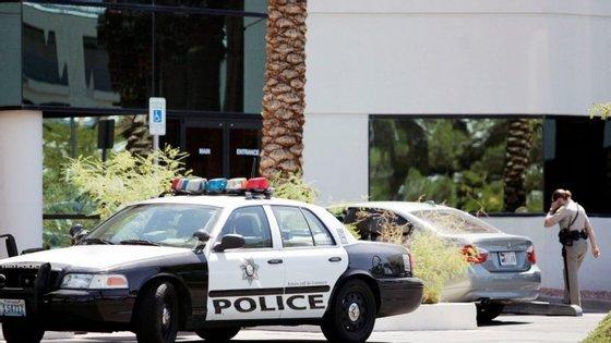 A polícia está a interrogar o casal suspeito