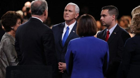 """""""Deveria haver graves consequências para a Rússia"""", defendeu Mike Pence"""
