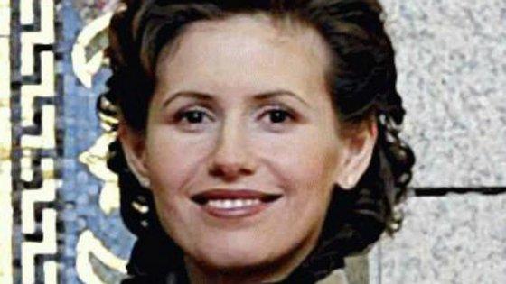 """Mulher de Bashar al-Assad diz ter recusado """"ofertas"""" para sair do país"""