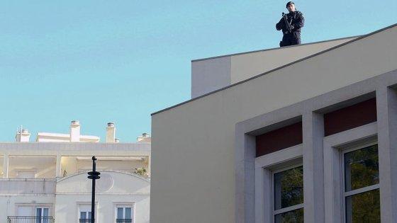 Quatro pessoas acusadas de terrorismo na Bélgica