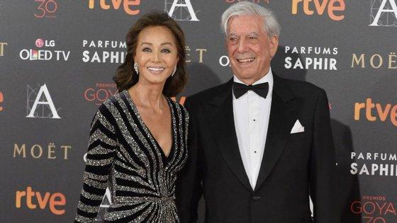 Mario Vargas Llosa pediu Isabel Preysler em casamento