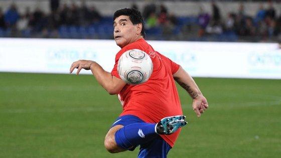 Em 2005, Diego Maradona foi condenado pelo Supremo Tribunal de Itália a pagar de 37,2 milhões de euros. Agora ascende ao 40 milhões