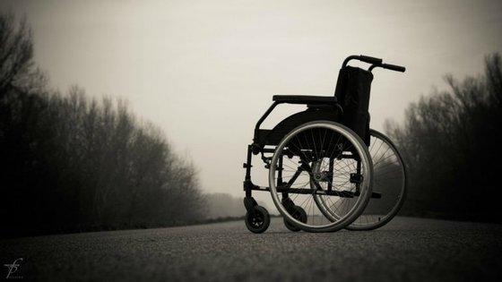 Bloco de Esquerda propõe isenção de propinas para alunos com deficiência por consciência das suas dificuldades