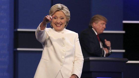 Hillary continua a ter motivos para sorrir