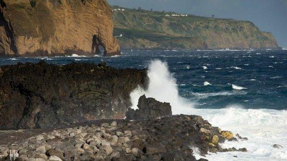 A zona dos Poços de São Vicente tinha sido já intervencionada este verão para a construção de mais proteções