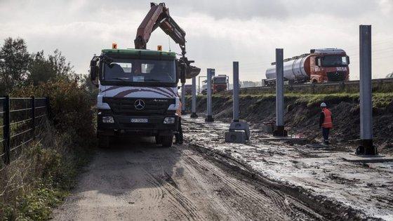 """""""Selva"""" do Calais já está a ser demolida"""