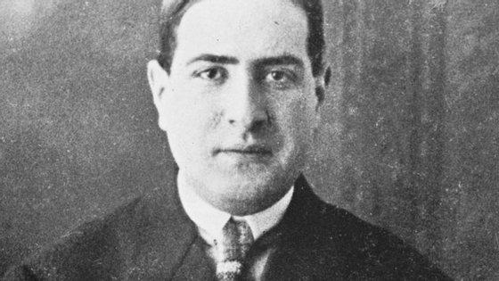 Mário de Sá-Carneiro nasceu em 1890 e morreu em 1916, com apenas 26 anos