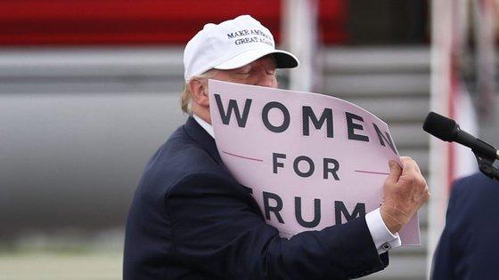"""As Pussy Riot acusam Donald Trump de ser um """"homem populista e megalómano"""""""