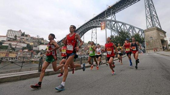 Quatro atletas portugueses esperam obter os mínimos para os Mundiais de atletismo