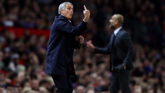 Mourinho um, Guardiola zero (nem um remate à baliza, 'tadito)