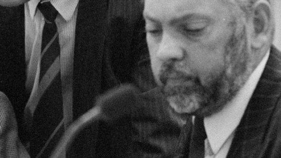 Frans Jozef van der Heijden era um antigo deputado do parlamento holandês, que tinha atualmente 78 anos
