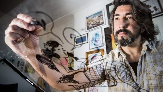 Nuno Saraiva desenha para a imprensa portuguesa (e não só) desde 1993