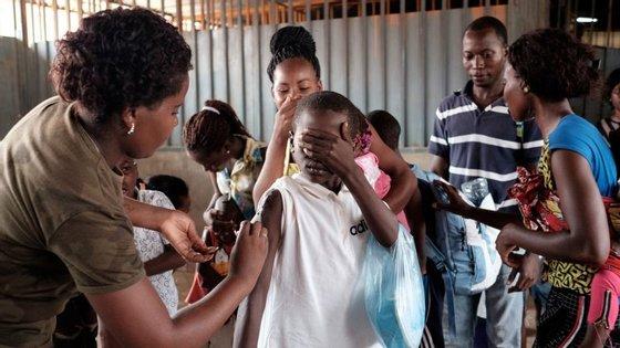 A situação de insuficiências de vacinas contra a tuberculose já se observa desde o início deste ano