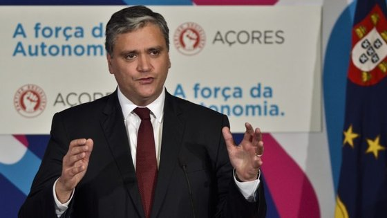 Professores, economistas e advogados são as profissões que predominam entre deputados eleitos nos Açores