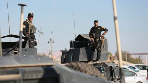 Ao avançar na cidade de Mossul as tropas de elite iraquianas têm enfrentado uma forte resistência dos 'jihadistas'
