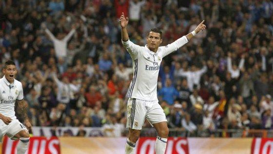 CR7 entre os candidatos a melhor jogador do ano da FIFA.