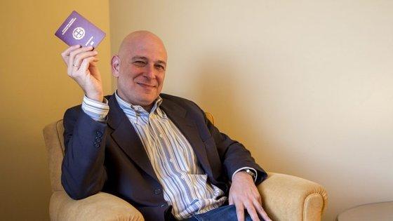 Harry Mitsidis esteve em Vila Nova de Gaia para um encontro da The Best Travelled. No passaporte já conta 193 países.