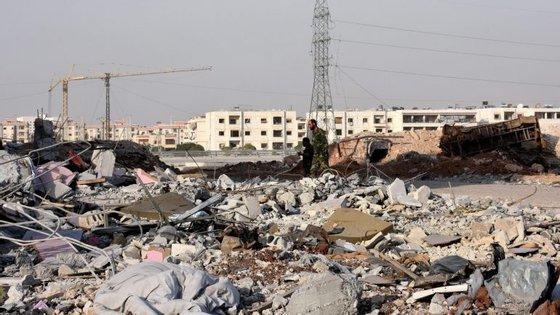 Rússia afirma que há vestígios de armas químicas pelos rebeldes Sírios, em Alepo.