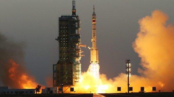 O Tiangong-2 irá manter-se na sua órbita atual, a cerca de 393 quilómetros de distância da superfície terrestre