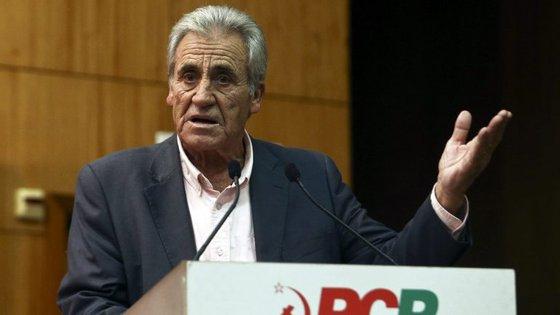 """Jerónimo de Sousa disse que o aumento de 10€ das pensões e reformas para a maioria de pensionistas é uma medida que tem uma """"inegável importância"""""""
