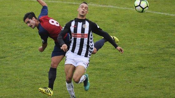 No sábado, a Académica de Coimbra, da II Liga, já tinha eliminado o Feirense em Santa Maria da Feira