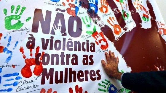 O ano passado, mais de 26.700 pessoas foram vítimas de violência doméstica, menos 498 do que em 2014, com o distrito de Lisboa a liderar