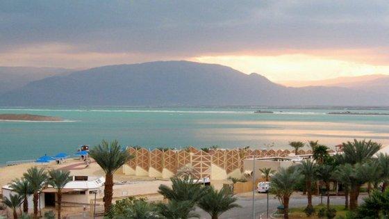 Vários são os factores que estão a levar à diminuição do Mar Morto