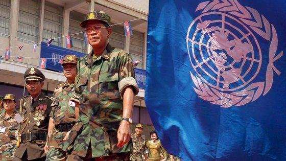 A violência estalou na segunda-feira entre fações rivais Seleka, de maioria muçulmana, na cidade de Bria