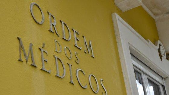 O conselho de administração informou ainda que já foram nomeados os novos adjuntos da direção clínica