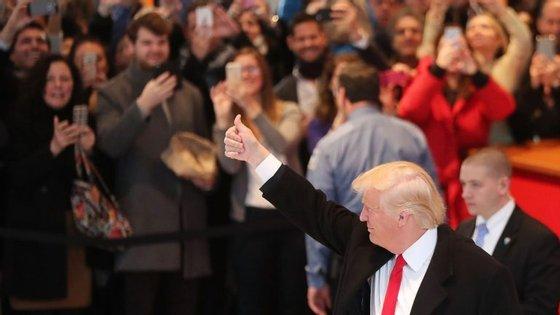 Donald Trump a chegar ao edifício do New York Times