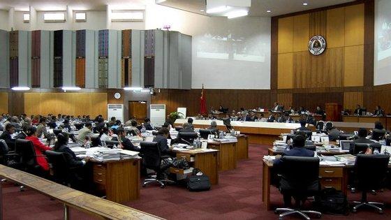 A proposta, que começa, esta quarta-feira, a ser debatida e votada na generalidade no plenário, prevê gastos de 1,39 mil milhões de dólares