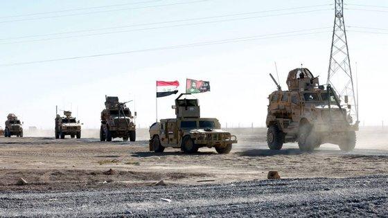 As forças iraquianas lançaram esta ofensiva a 17 de outubro para recuperar Mossul, a segunda maior cidade do Iraque