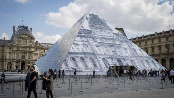"""O conservador do Louvre encarregue da coleção de pintura espanhola, portuguesa e latino-americana sublinhou que """"a coleção portuguesa do Louvre é ainda muito reduzida"""""""