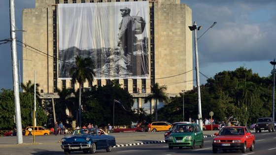 A 31 de agosto, a JetBlue inaugurou o primeiro voo comercial regular desde 1961 entre um aeroporto dos Estados Unidos da América e uma cidade cubana
