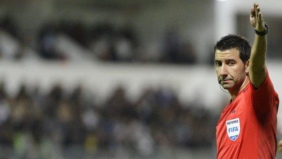 Hugo Miguel estará esta época pela segunda vez num jogo dos 'leões', depois de ter arbitrado a visita do Sporting ao Paços de Ferreira