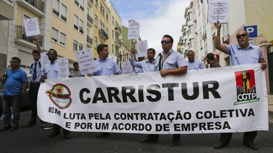 A Carristur é uma operadora de circuitos turísticos em autocarros panorâmicos