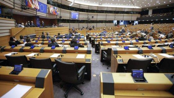 O orçamento foi aprovado esta quinta-feira em Bruxelas durante uma mini-sessão plenária
